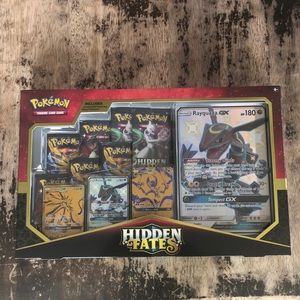 New sealed POKEMON Hidden Fates premium box cards